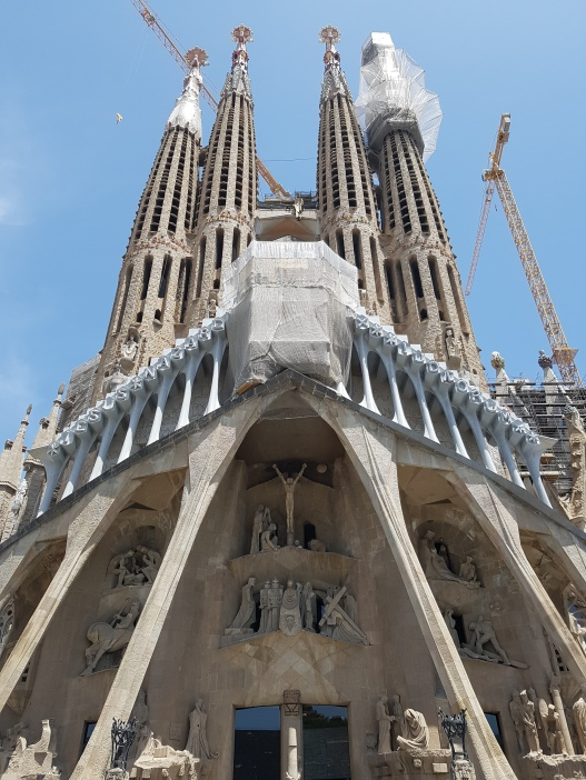 La Sagrada Familia (with scaffolding)